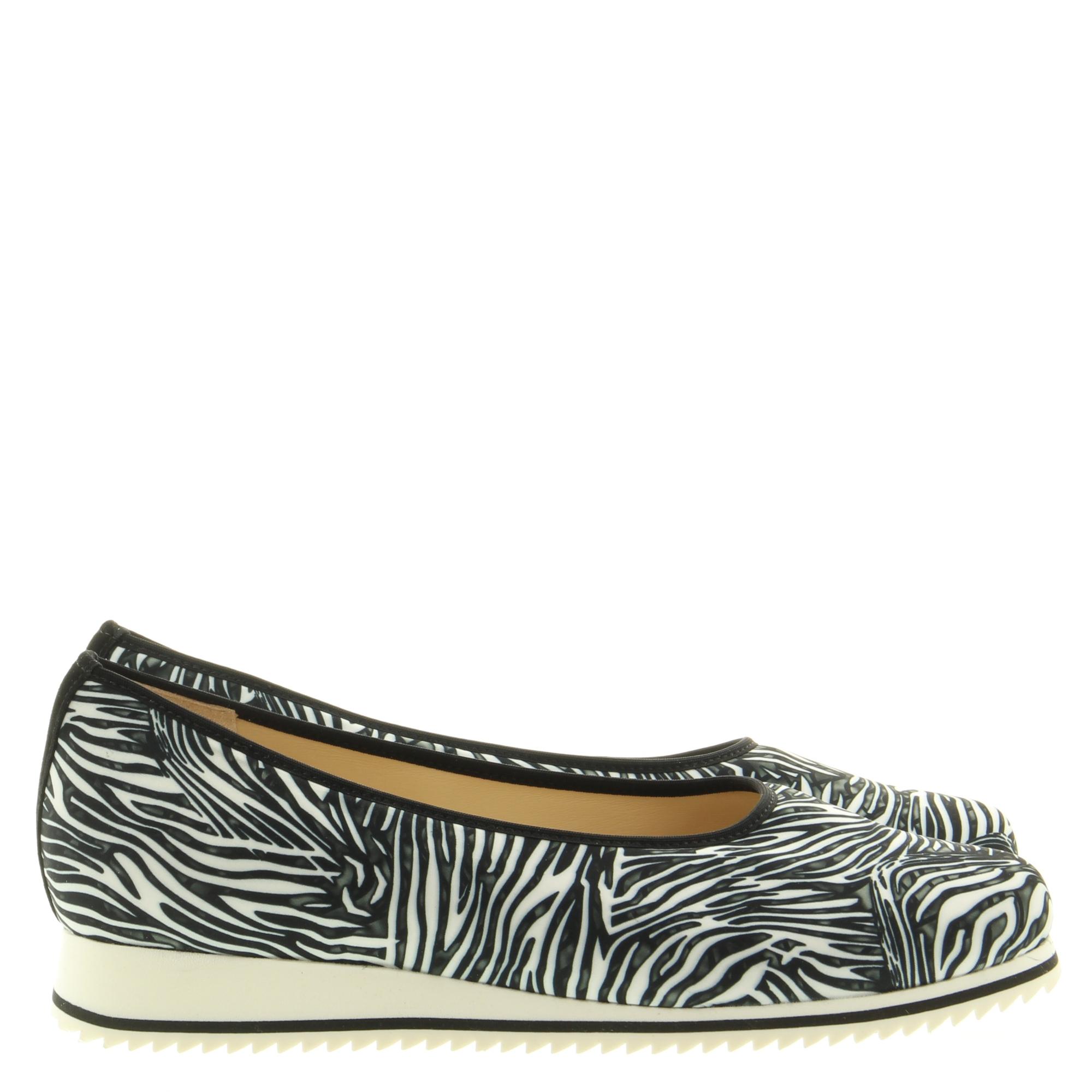 Hassia Shoes 301516 Pisa 0100 Schwarz Zebrastretch