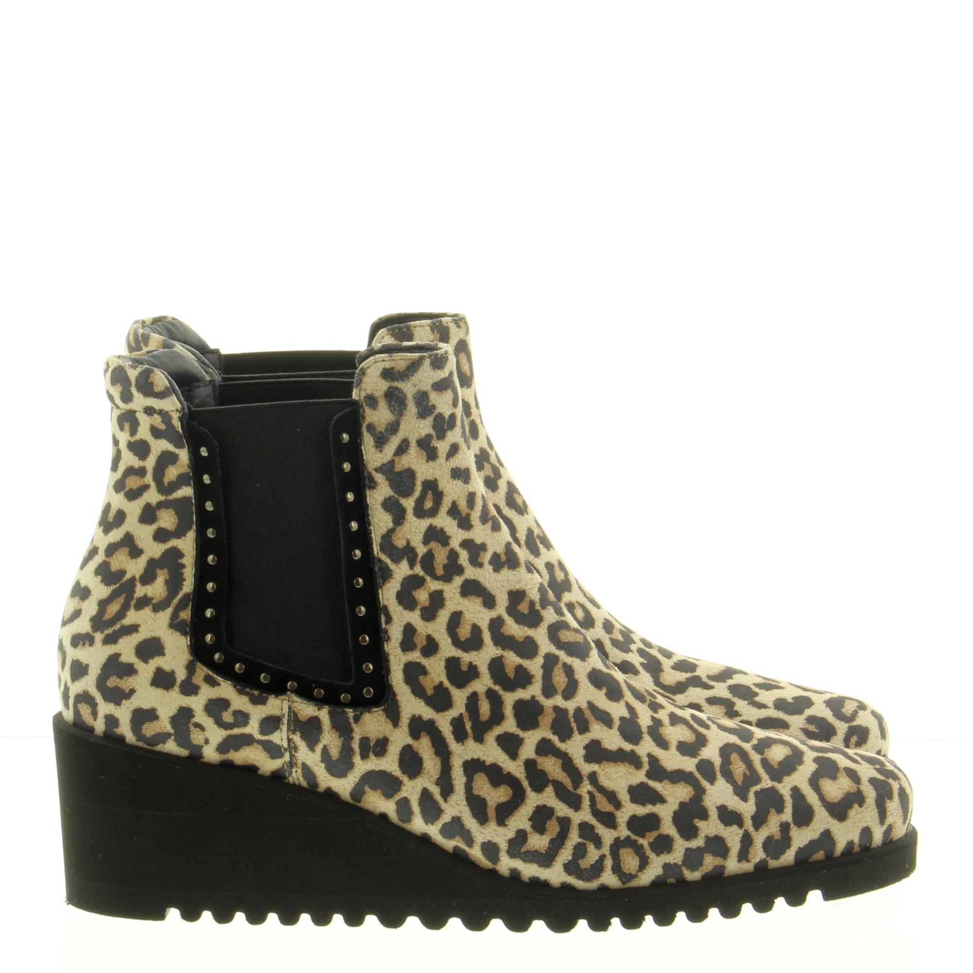 Annalina 2002 06 Leopard